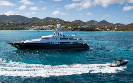 Motor Yacht MARIU Profile with Tender
