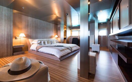Motor Yacht MARIU Master Stateroom