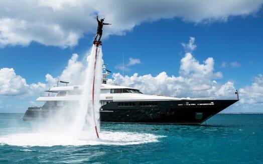 Motor Yacht MARIU Flyboard