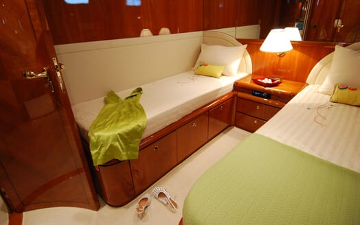 Motor Yacht BEIJA FLORE Guest Twin Stateroom