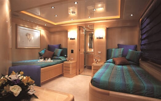 Motor Yacht More twin cabin