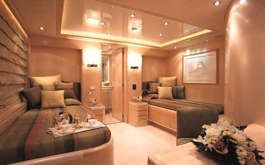 Motor Yacht More twin stateroom