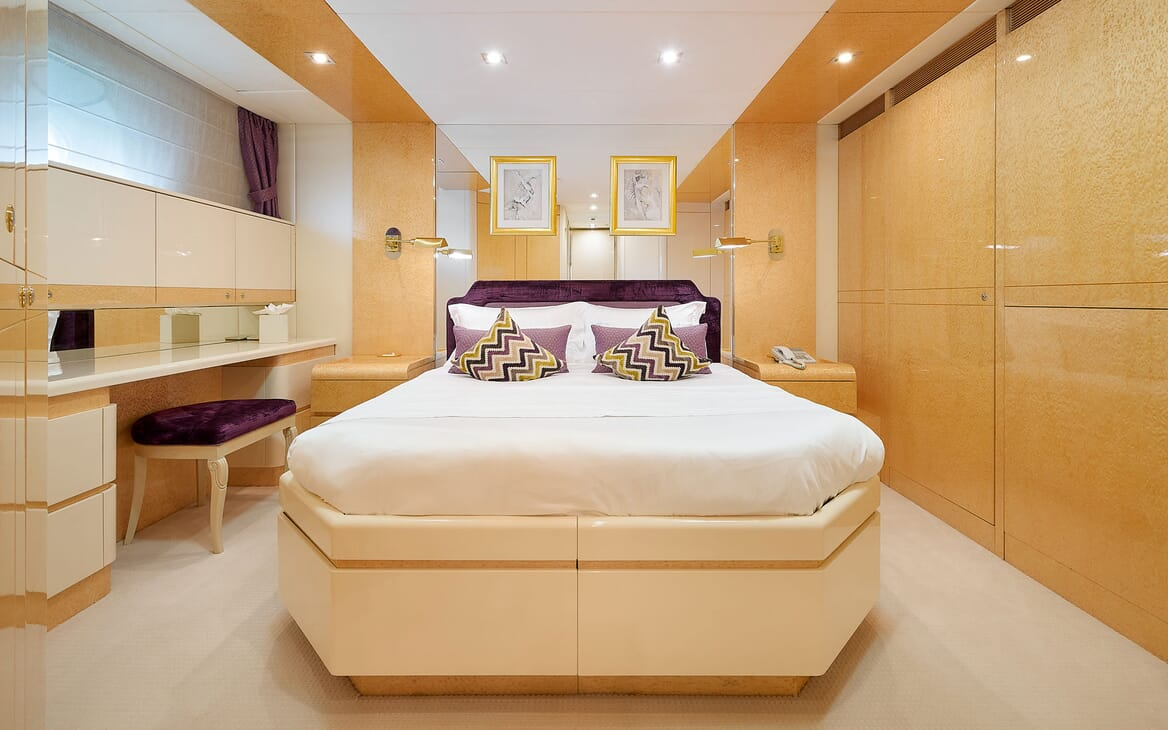 Motor Yacht LADYSHIP Guest Stateroom Bed