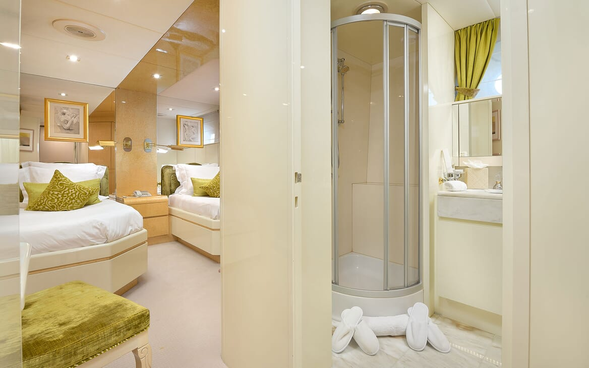 Motor Yacht LADYSHIP Twin Guest Stateroom and Bathroom