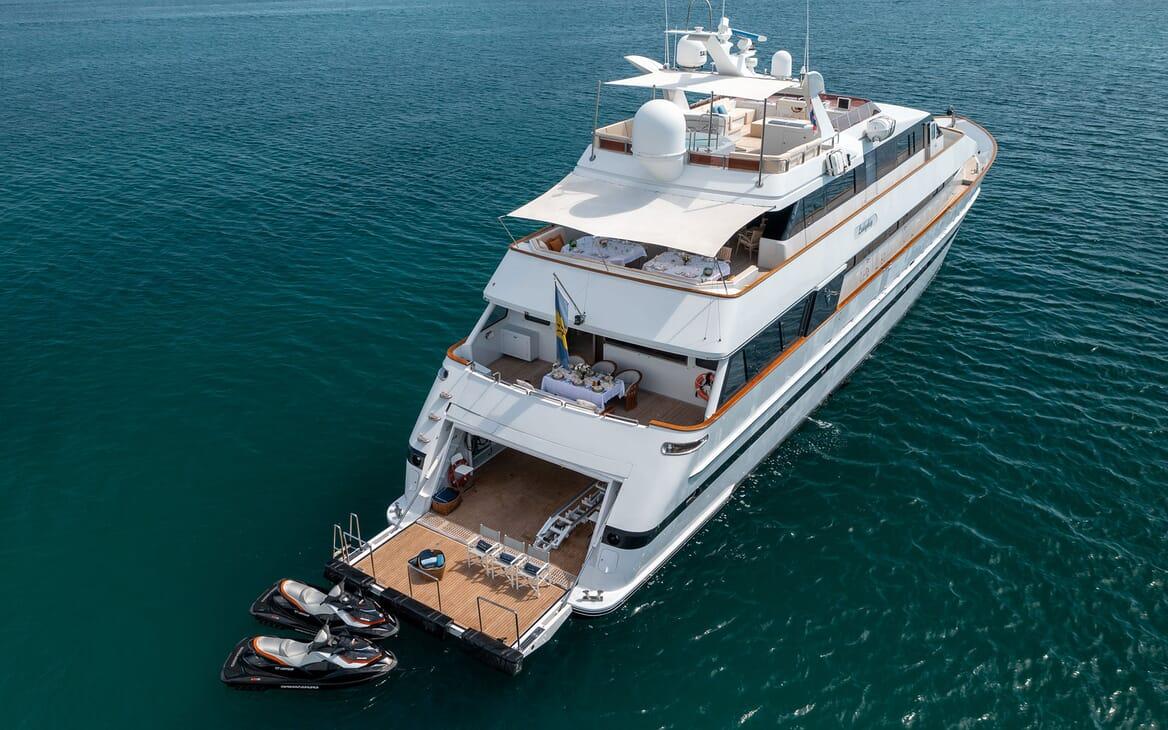 Motor Yacht LADYSHIP Swim Platform Jetskis