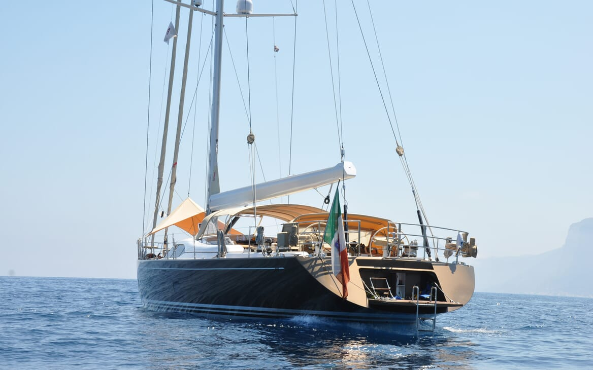 Sailing Yacht FARANDWIDE