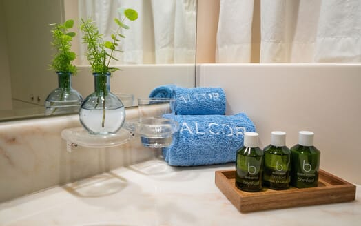 Motor Yacht ALCOR Towels and Soap