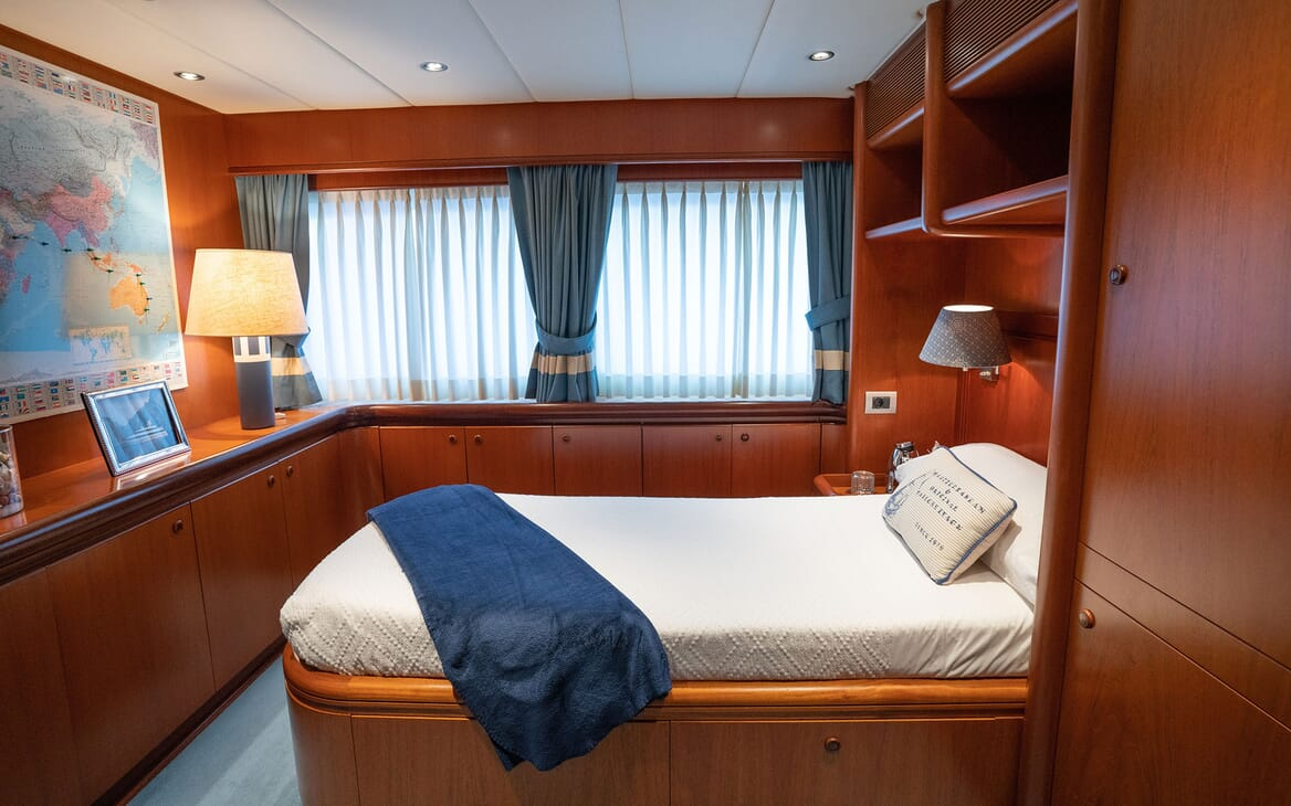 Motor Yacht ALCOR Single Guest Stateroom