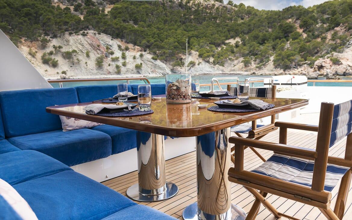 Motor Yacht ALCOR Aft Deck Dining Table