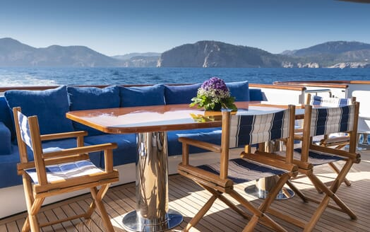 Motor Yacht ALCOR Table with View