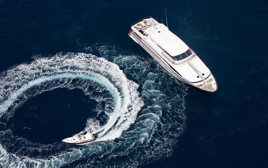 Motor Yacht Wheels Tender and Gunwale
