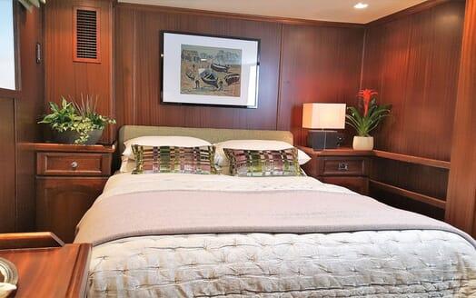 Motor Yachts TRAFALGAR Double Guest Stateroom
