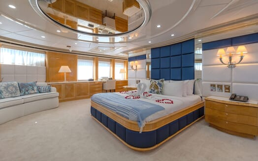 Motor Yacht LADY AZUL Guest Double Stateroom