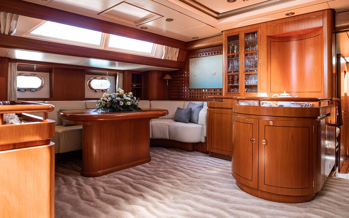 Sailing Yacht SCARENA Main Saloon Table