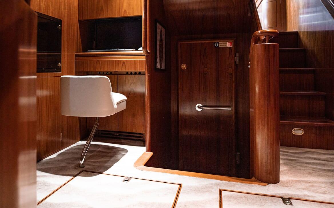 Sailing Yacht SCARENA Hallway