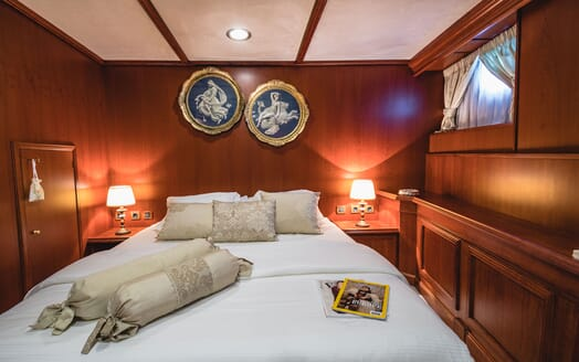 Motor Yacht SEAGULL II Double Guest Stateroom