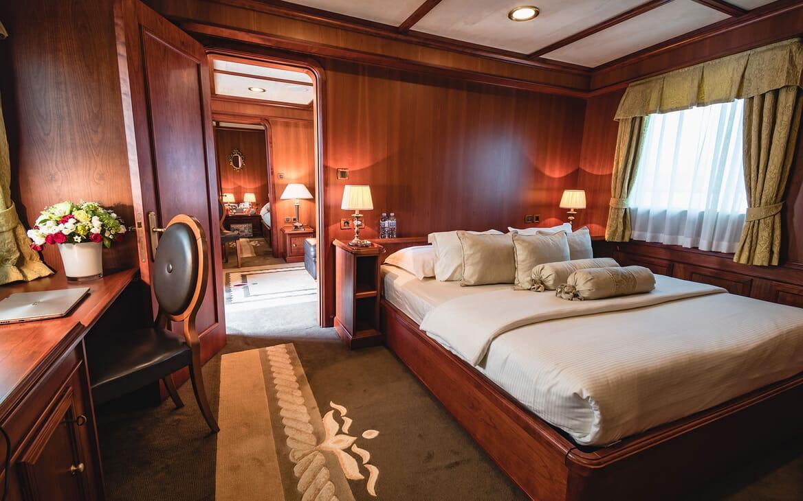 Motor Yacht SEAGULL II Double Stateroom