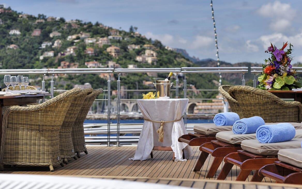 Motor Yacht CHRISTINA O Sun Deck Detail