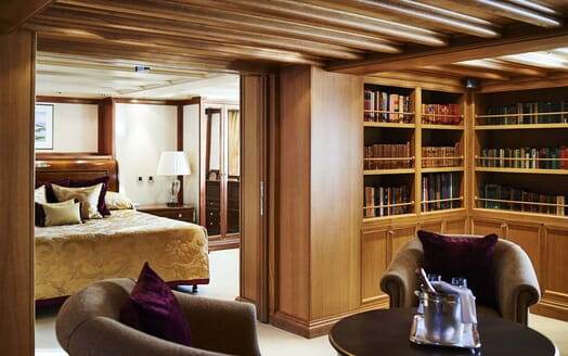 Motor Yacht CHRISTINA O Stateroom with Library