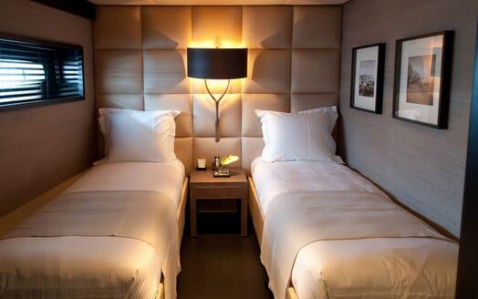 Motor Yacht Latitude twin cabin