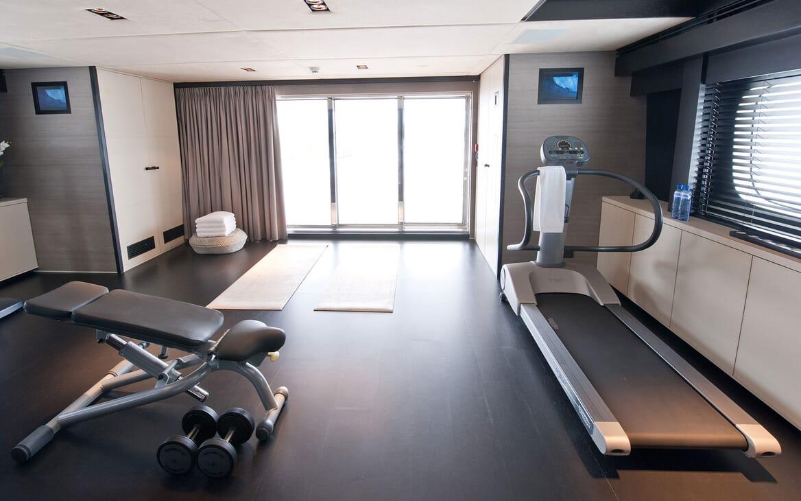 Motor Yacht Latitude gym