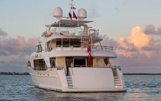 Motor Yacht BELIEVE Aft View