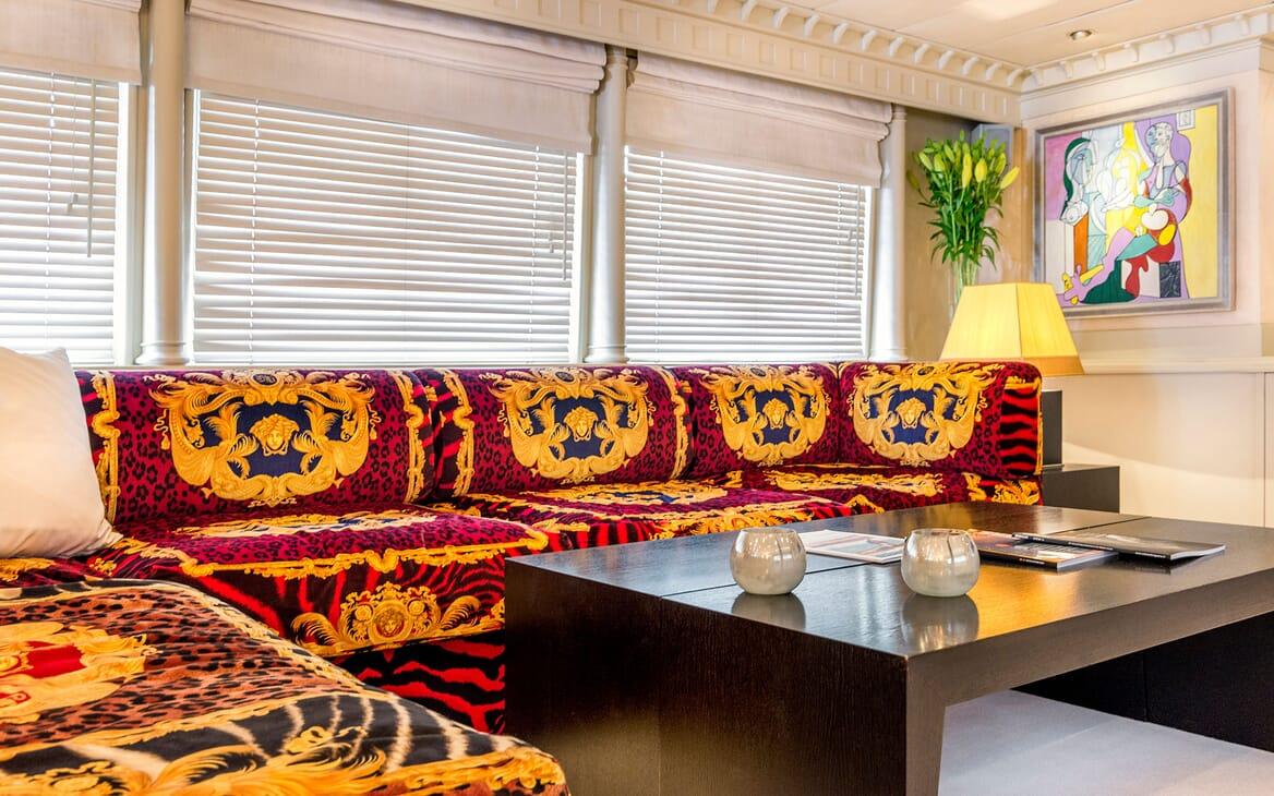 Motor Yacht Superfun seating area
