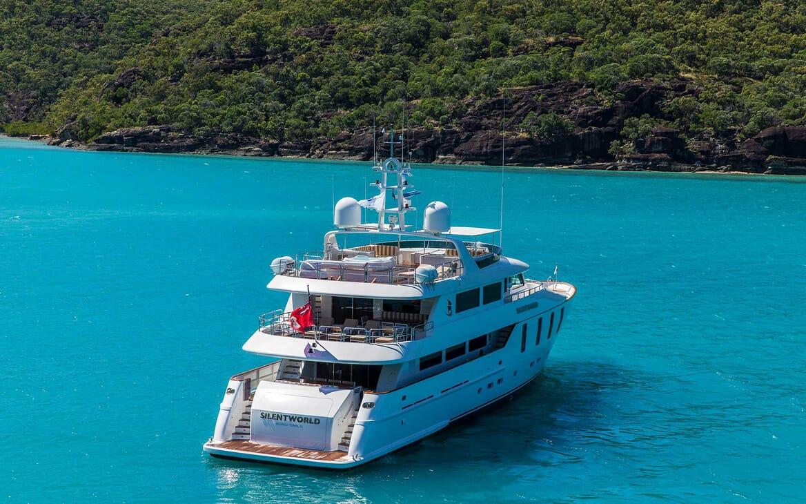 Motor Yacht Silentworld anchored