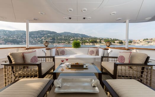 Motor Yacht BINA Main Aft Deck Seating
