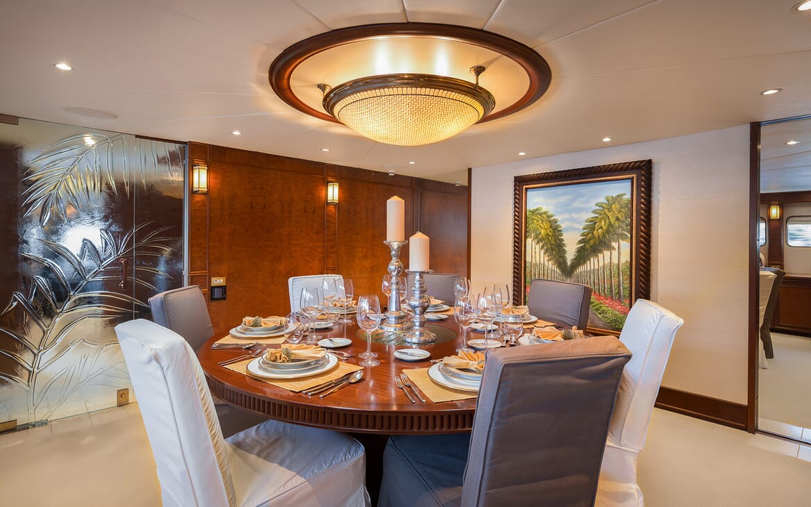 Motor Yacht Brazil dining space