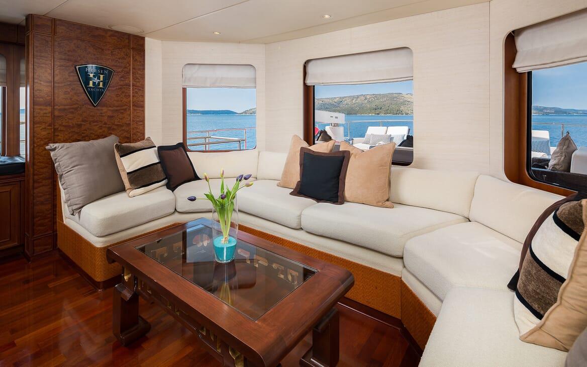 Motor Yacht Brazil seating area