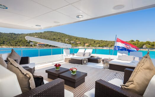 Motor Yacht Brazil outdoor seating