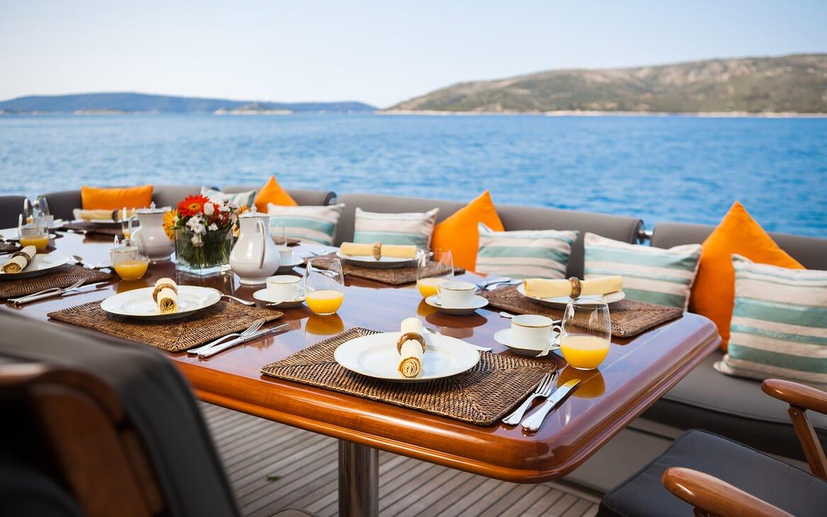 Motor Yacht Brazil outdoor dining area