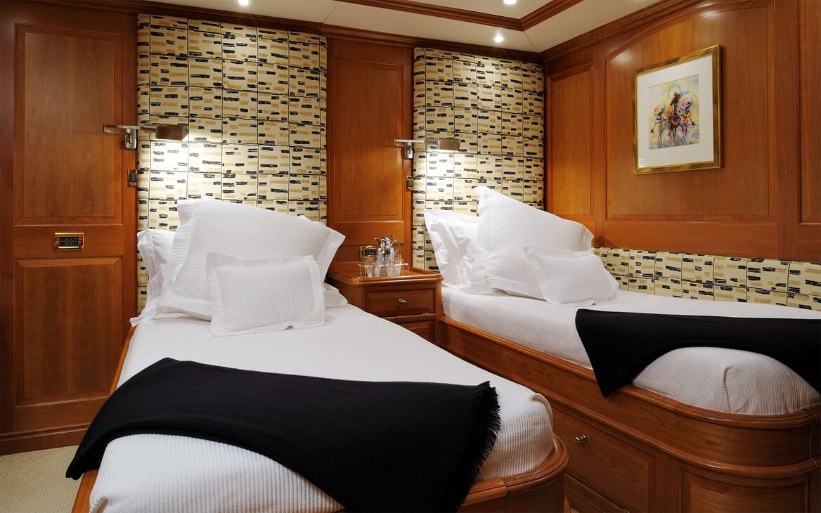 Sailing Yacht DRUMBEAT Twin Guest Stateroom