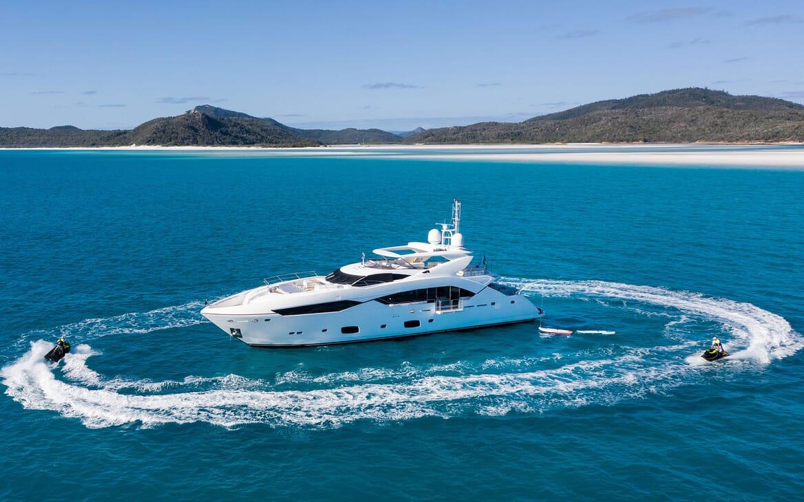 Motor Yacht THREE RIVERS Profile