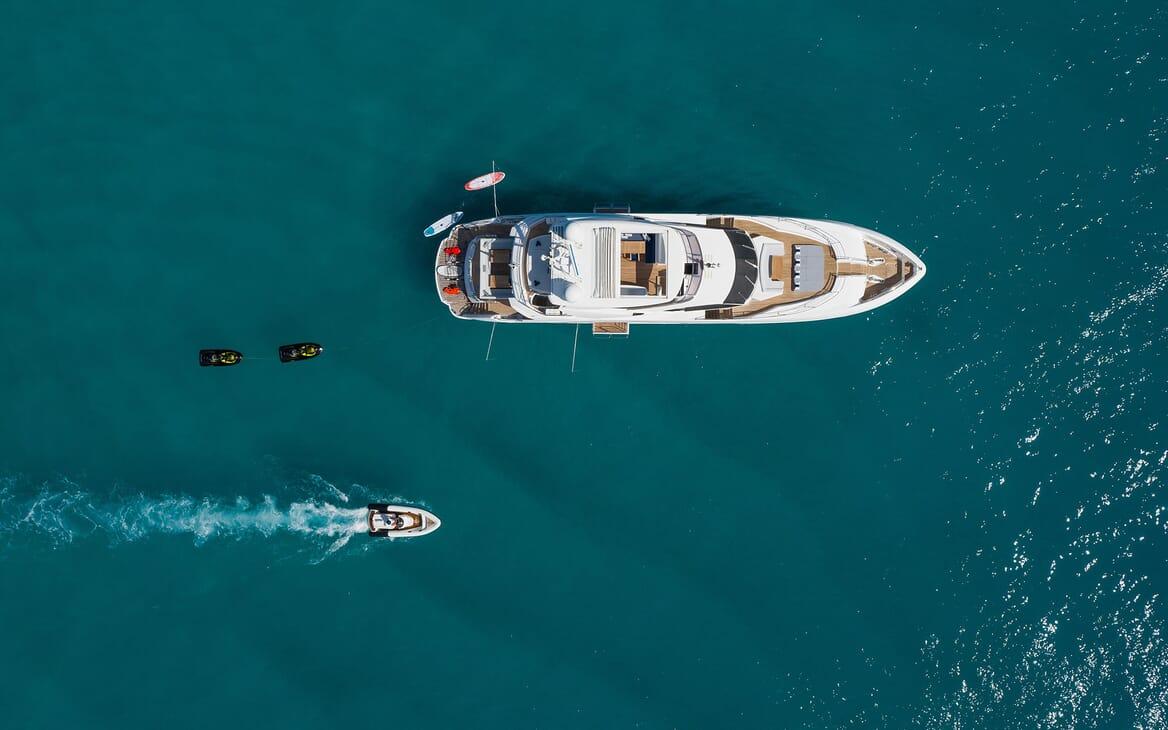 Motor Yacht THREE RIVERS Aerial Tender & Toys