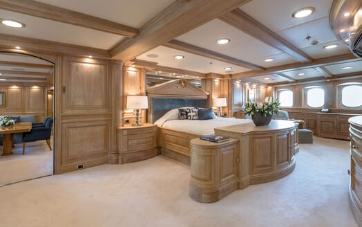 Motor Yacht NERO Master Stateroom