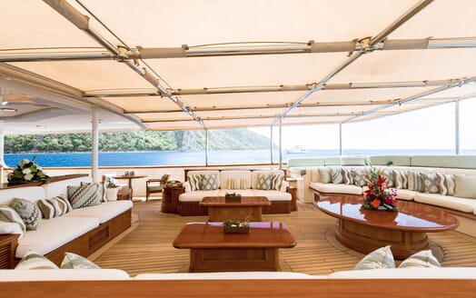 Motor Yacht NERO Sun Deck Seating