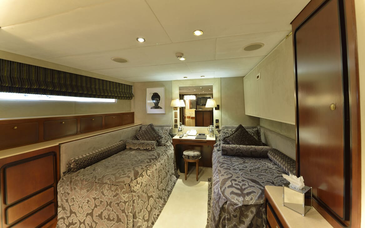 Motor Yachts THE MERCY BOYS Twin Guest Stateroom