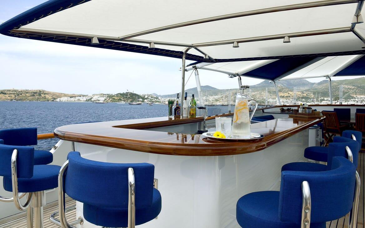 Motor Yachts THE MERCY BOYS Sun Deck Bar