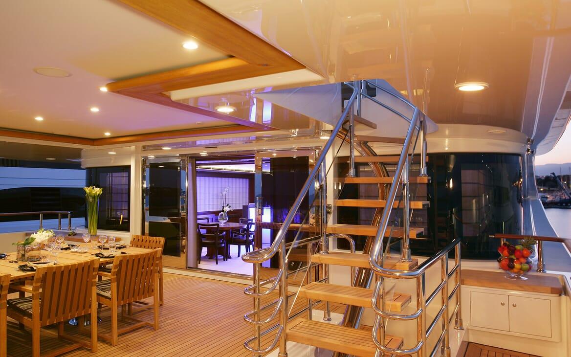 Motor Yacht Maraya deck