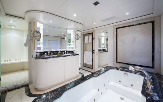 Motor Yacht Mac Brew Master Bathroom