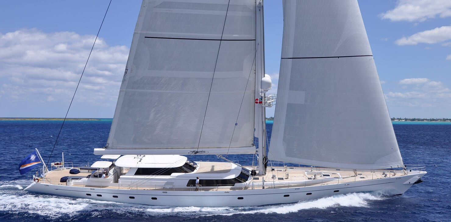 Sailing Yacht HYPERION Profile Underway