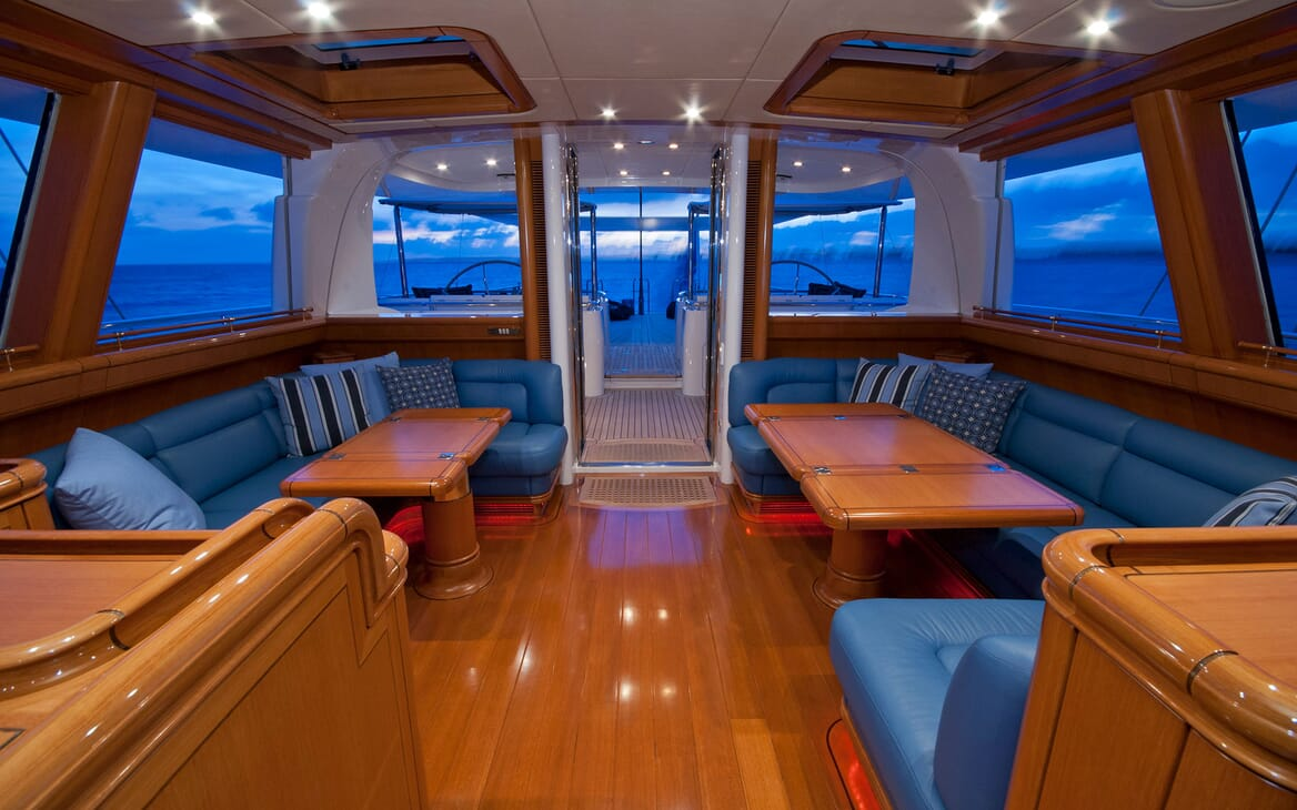 Sailing Yacht HYPERION Upper Saloon