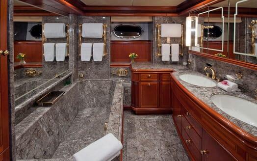 Sailing Yacht HYPERION Bathroom