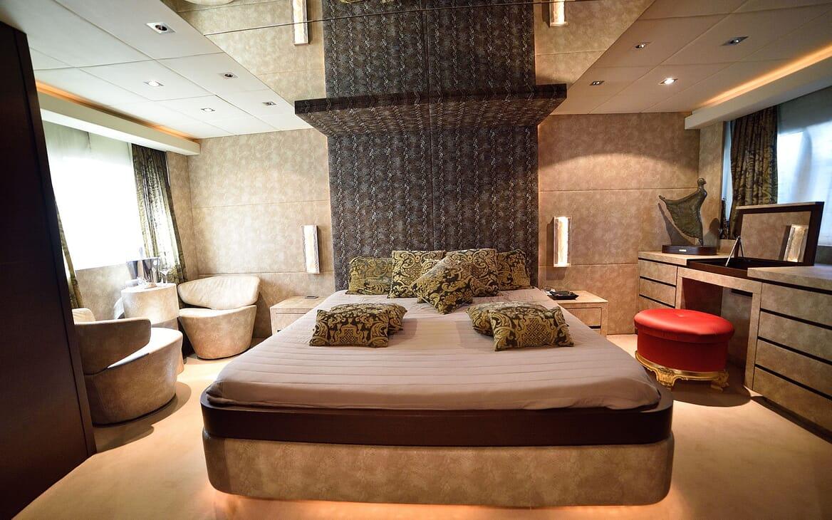 Motor Yacht ANDEA Al Fresco DIning