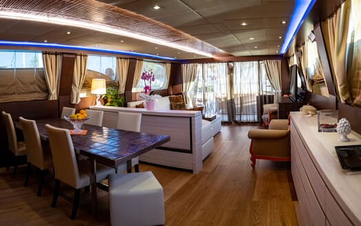 Motor Yacht ANDEA Main Saloon and Dining