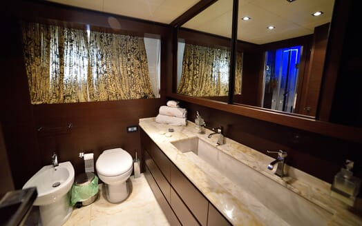 Motor Yacht ANDEA Bathroom