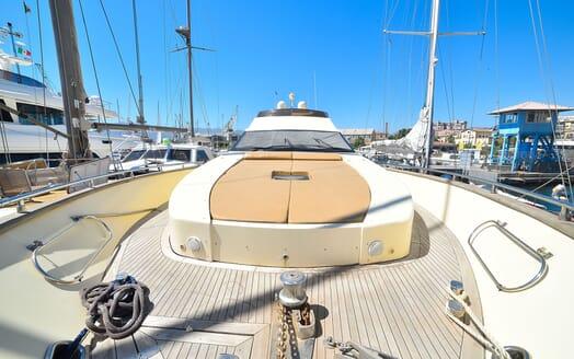 Motor Yacht ANDEA Sun Deck