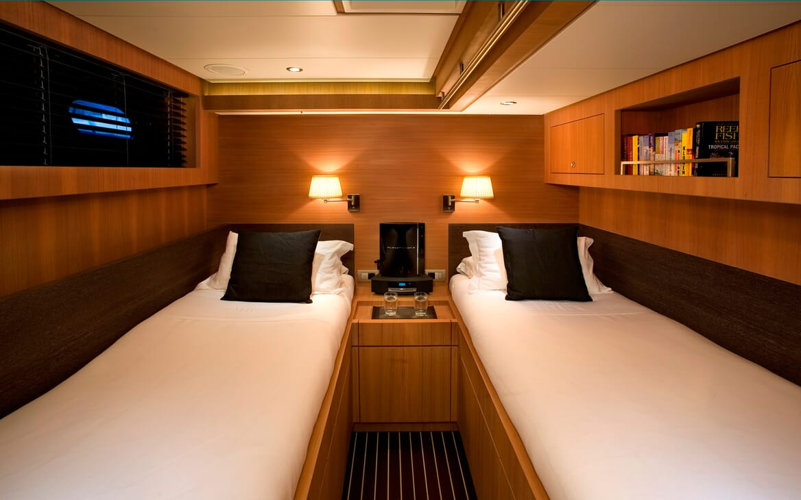 Sailing Yacht Icarus twin cabin